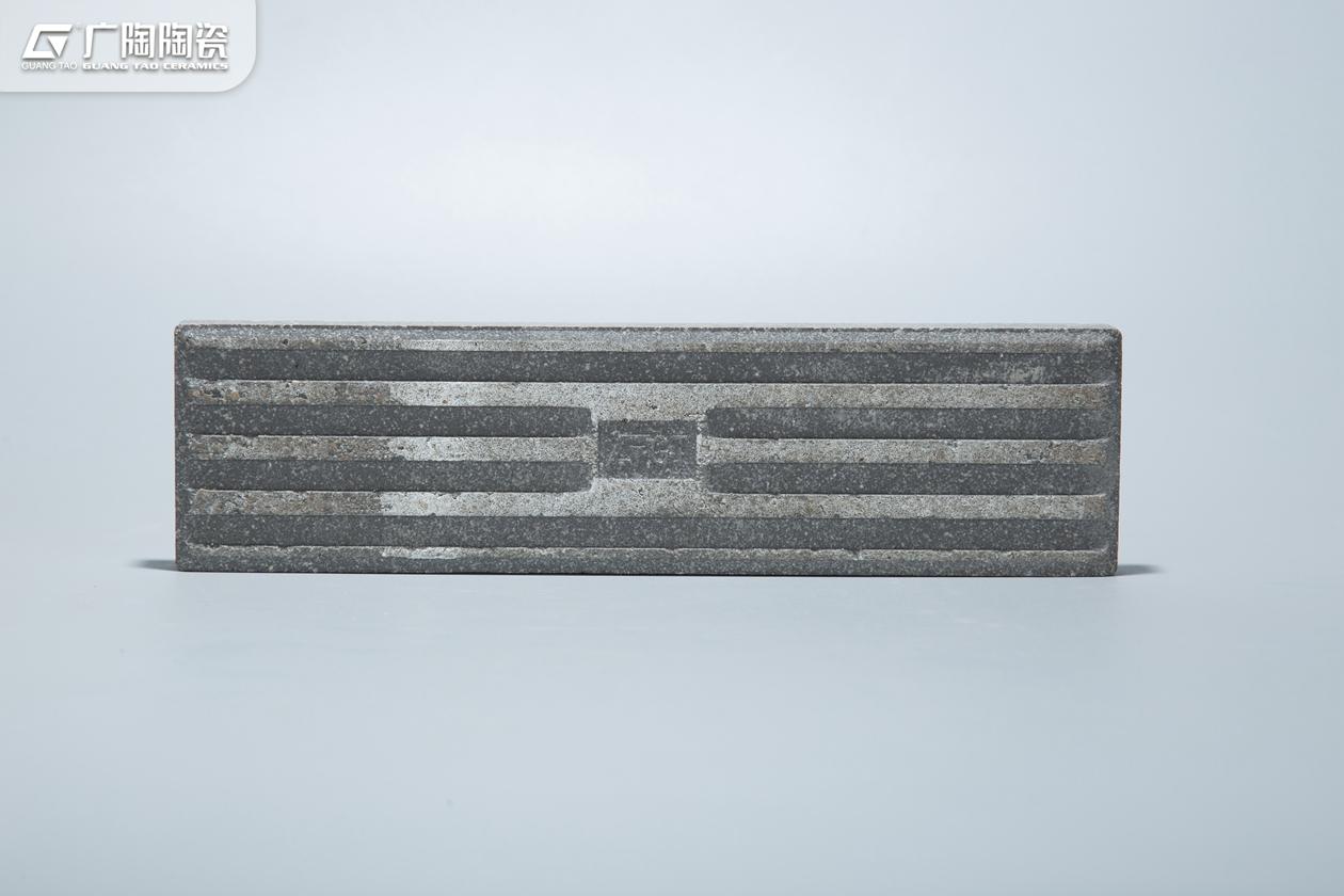 AANY19588C-3.jpg