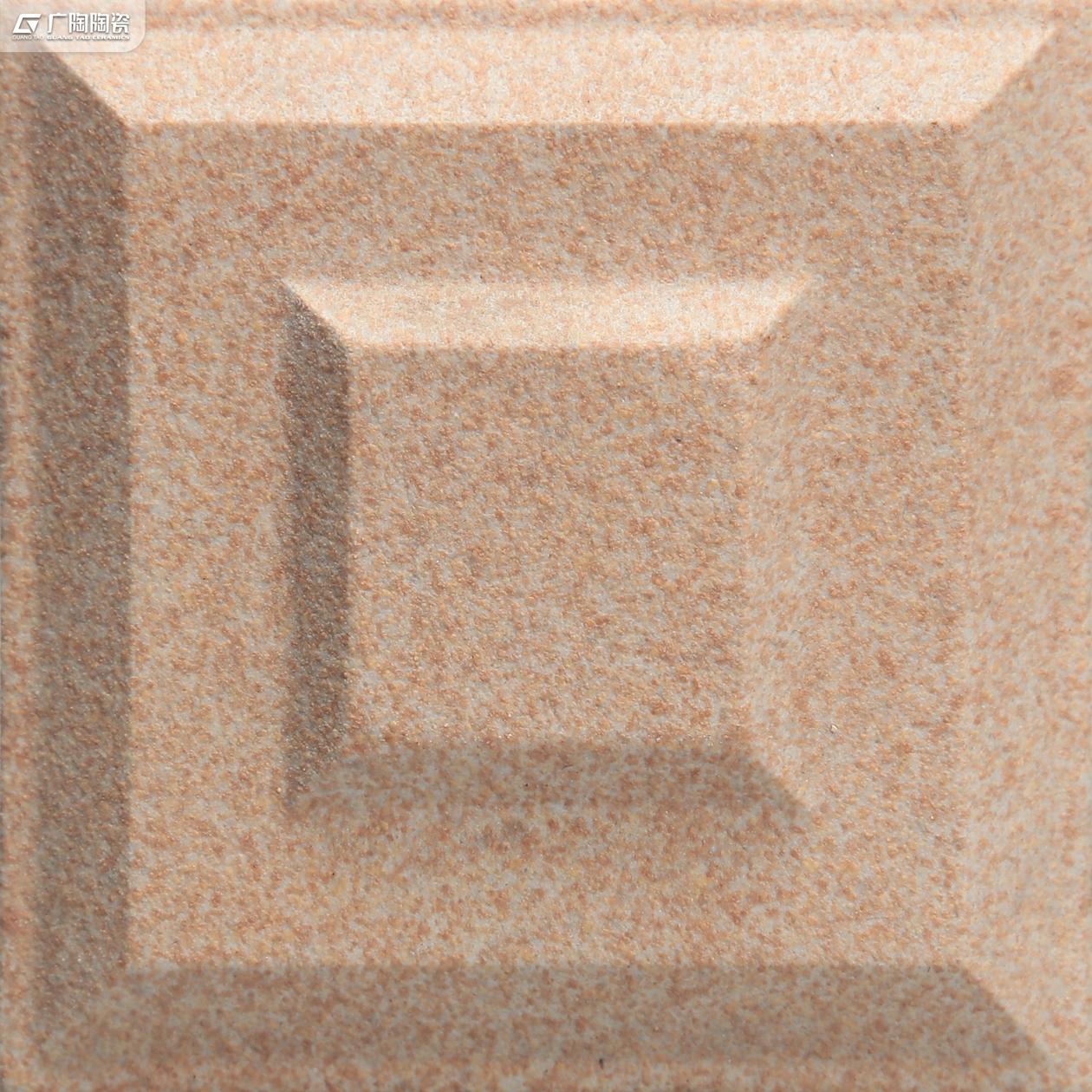 ZAE01A318D.jpg
