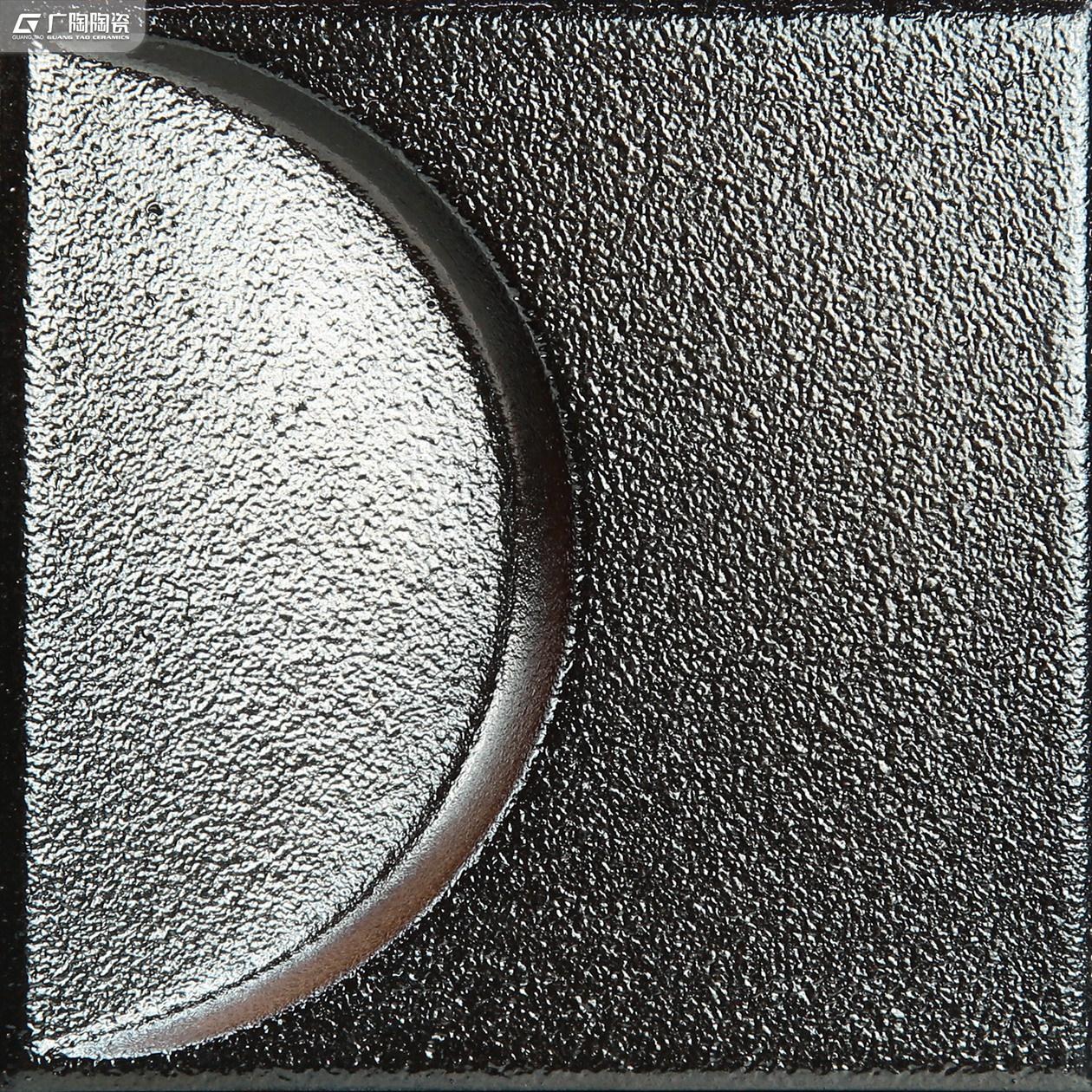 ZAC01B115D.jpg